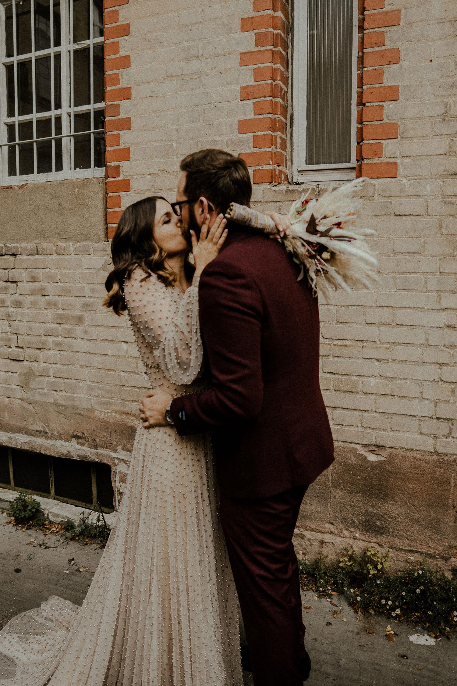 Hochzeitsworkshop Grace Food Nürnberg Hochzeitsreportage Brautkleid Boho Willows Foto Film Maindekodesign